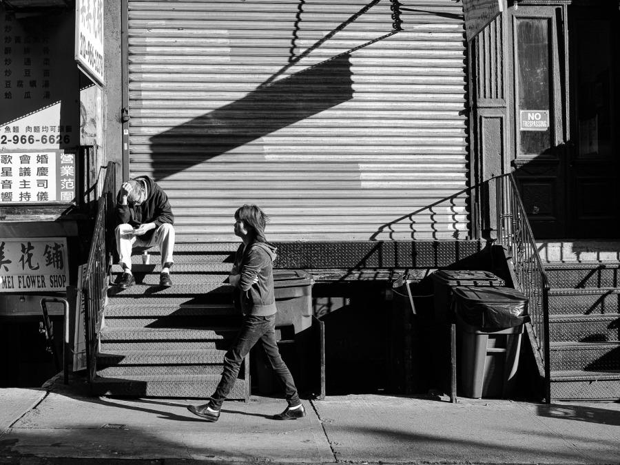Chinatown stoop