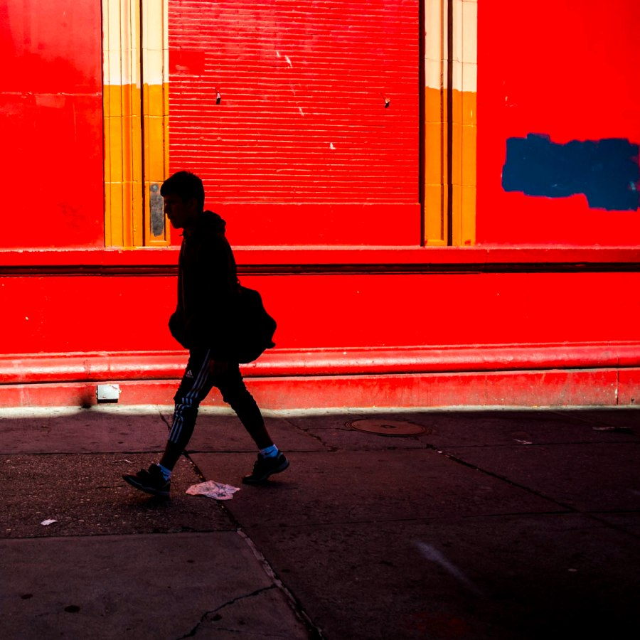 125th-street-red-wall-walk_
