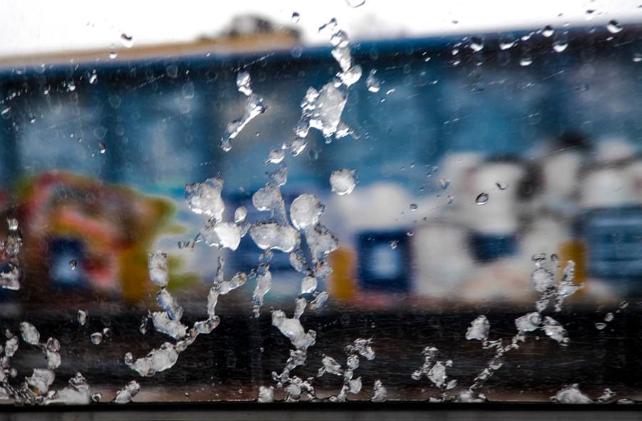 graffiti-and-ice