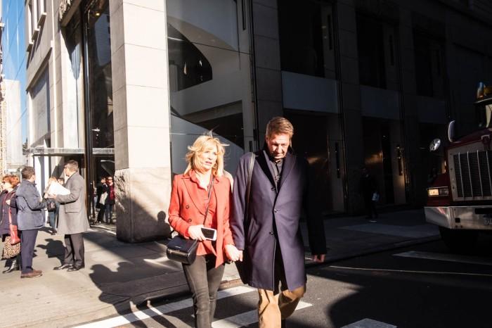 Fashionable Fifth Avenue 1